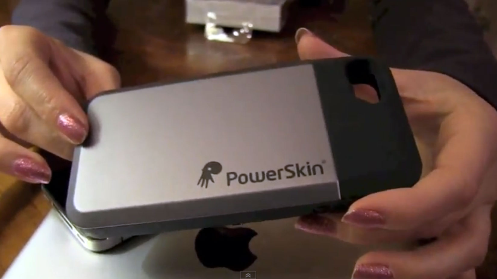 PowerSkin Battery Case for iPhone 4S and iPhone 4 review