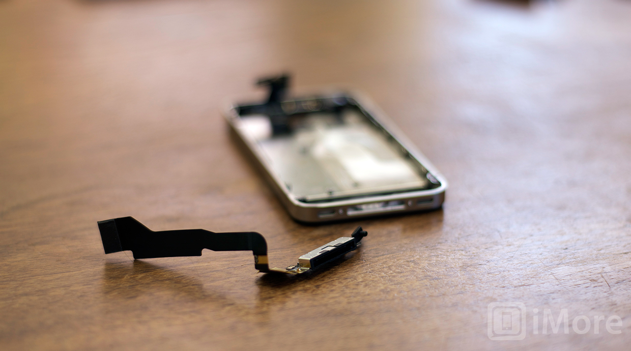 How to replace the dock connector in an iPhone 4