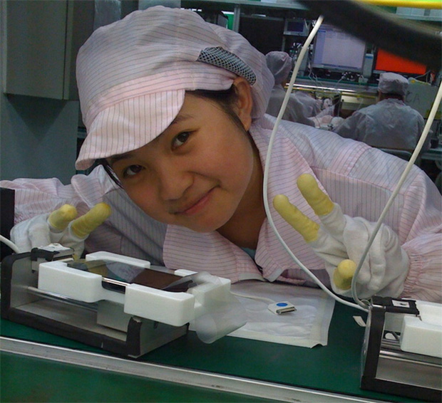 Foxconn to double iPhone and iPad factory worker salaries by 2013