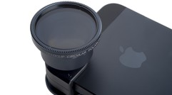 Olloclip brings telephoto lens to iPhone and iPod touch