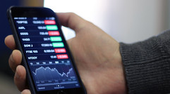 How to use Siri in Stocks for iPhone