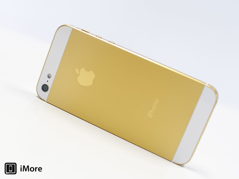 iPhone 5 with after-market gold anodizing