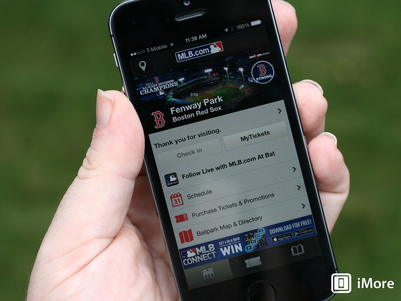 Apple's iBeacon hits a home run with Major League Baseball while NFC strikes out