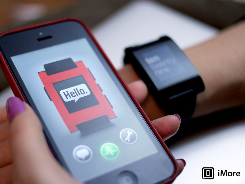 Pebble smartwatch now available from Amazon
