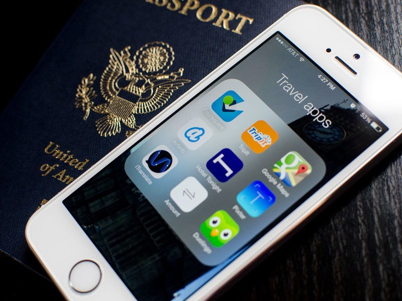 Best travel companion apps for iPhone: Foursquare, Airbnb, Duolingo, and more!