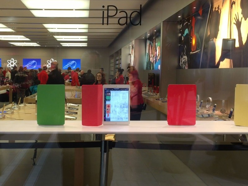 Animagic iPads take over Apple Retail