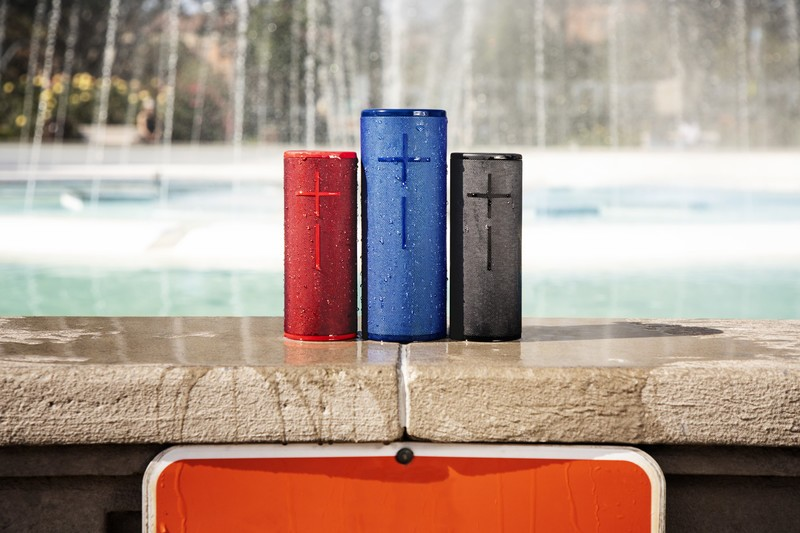 Ultimate Ears Megaboom 3 vs  JBL Charge 4: Which should you