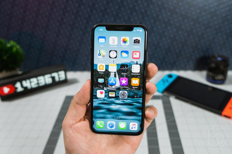 The iPhone default apps give Apple a big edge, says Bloomberg | iMore