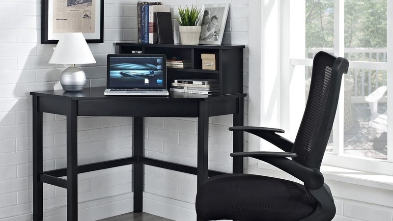 Corner Laptop Desk