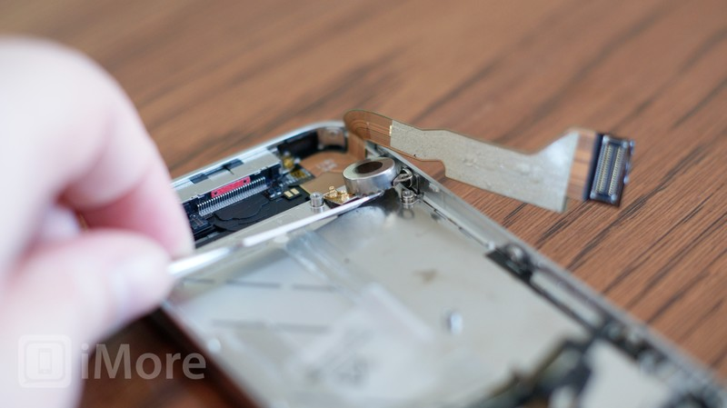Remove CDMA iPhone 4 vibrator assembly