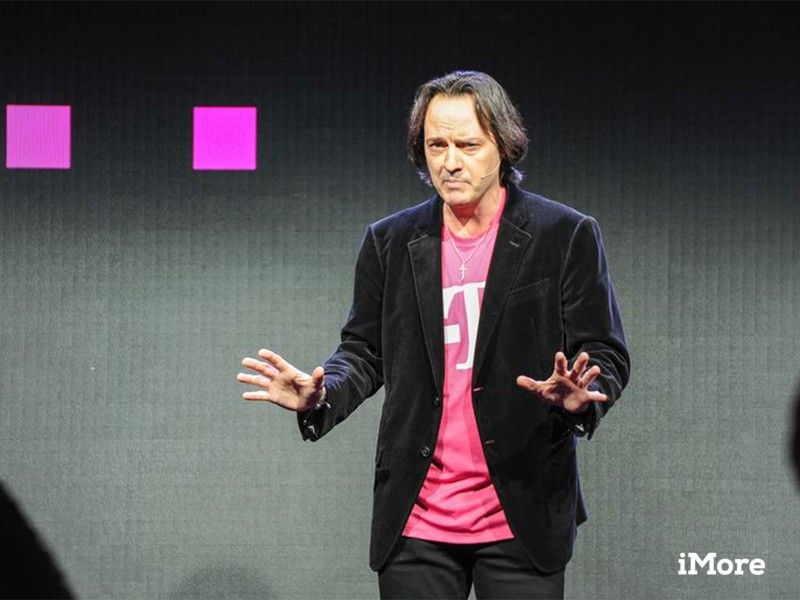 T-Mobile Uncarrier 7 joins the mile high club and takes texting to the skies