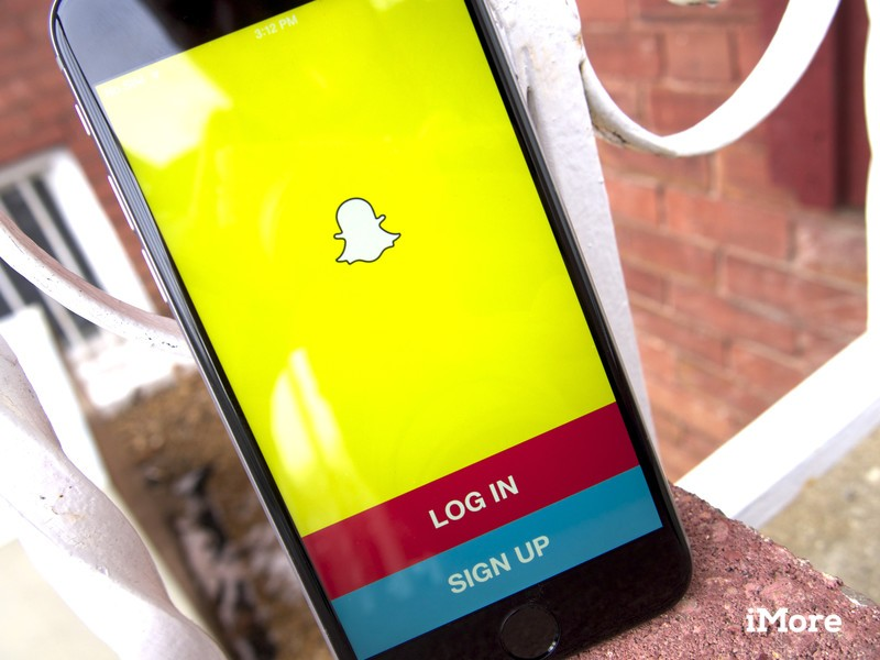 Snapchat finally adds the ability to record video while playing music