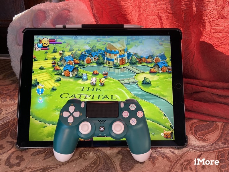 Alpine Green DualShock 4 with Cat Quest II on iPad Pro 12.9-inch
