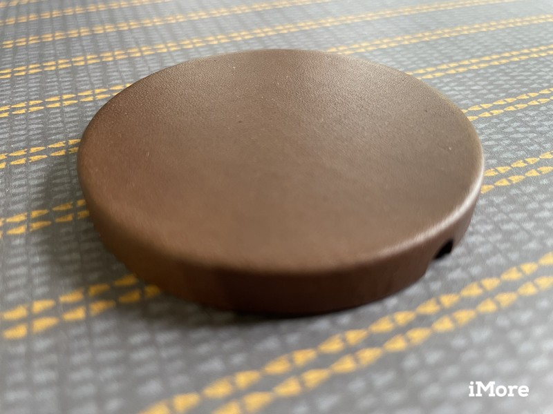 Nomad Leather Cover For Magsafe Lifestyle Alone