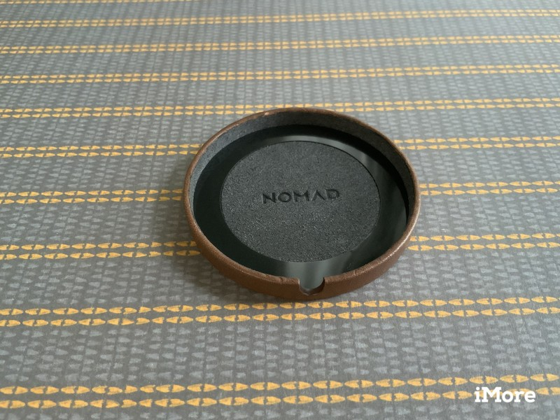 Nomad Leather Cover For Magsafe Lifestyle Underside