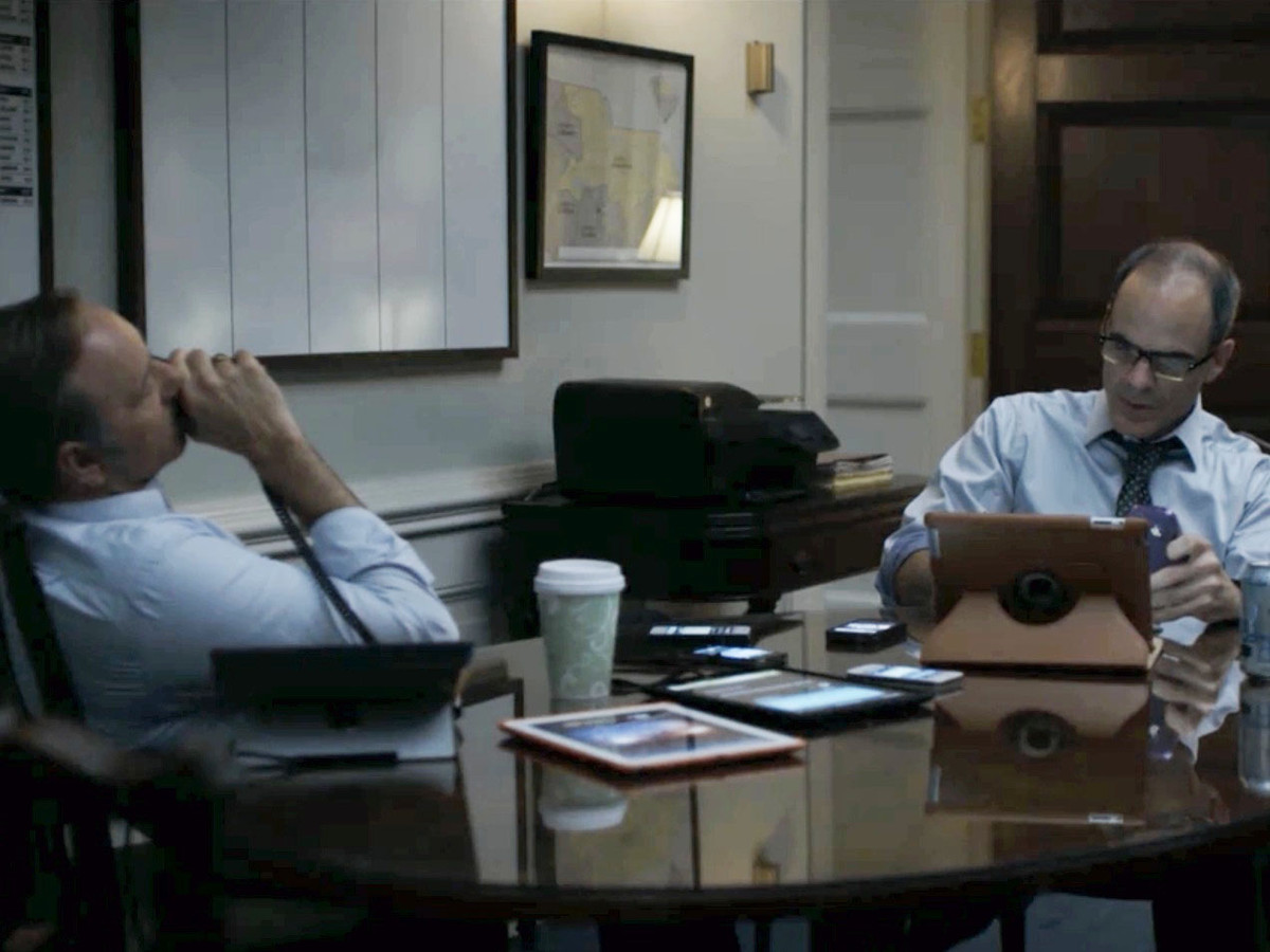 Apple products in House of Cards