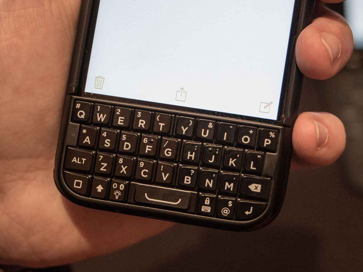 blackberry keyboard typing shortcuts