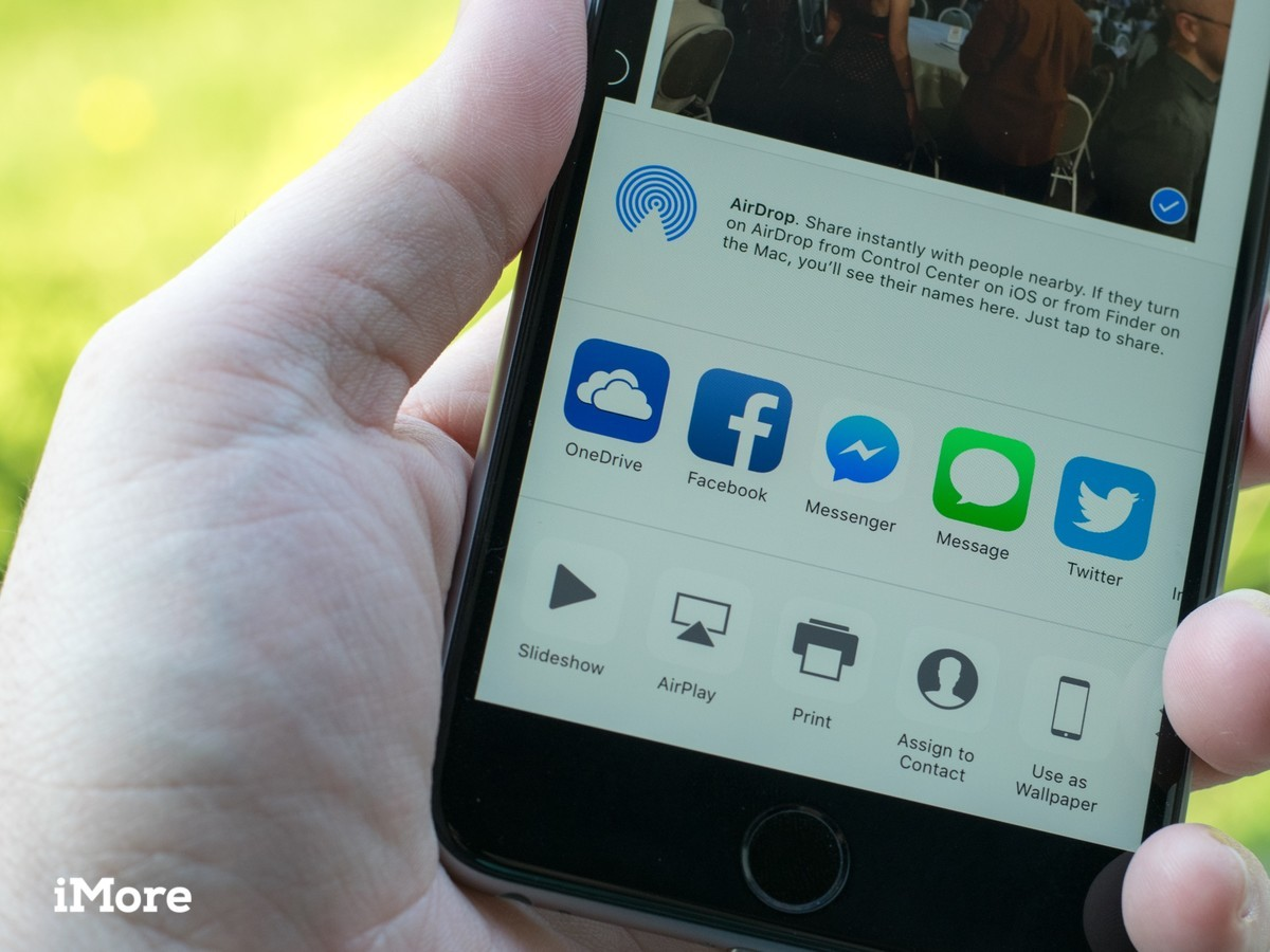 OneDrive adds a share extension of easier uploads