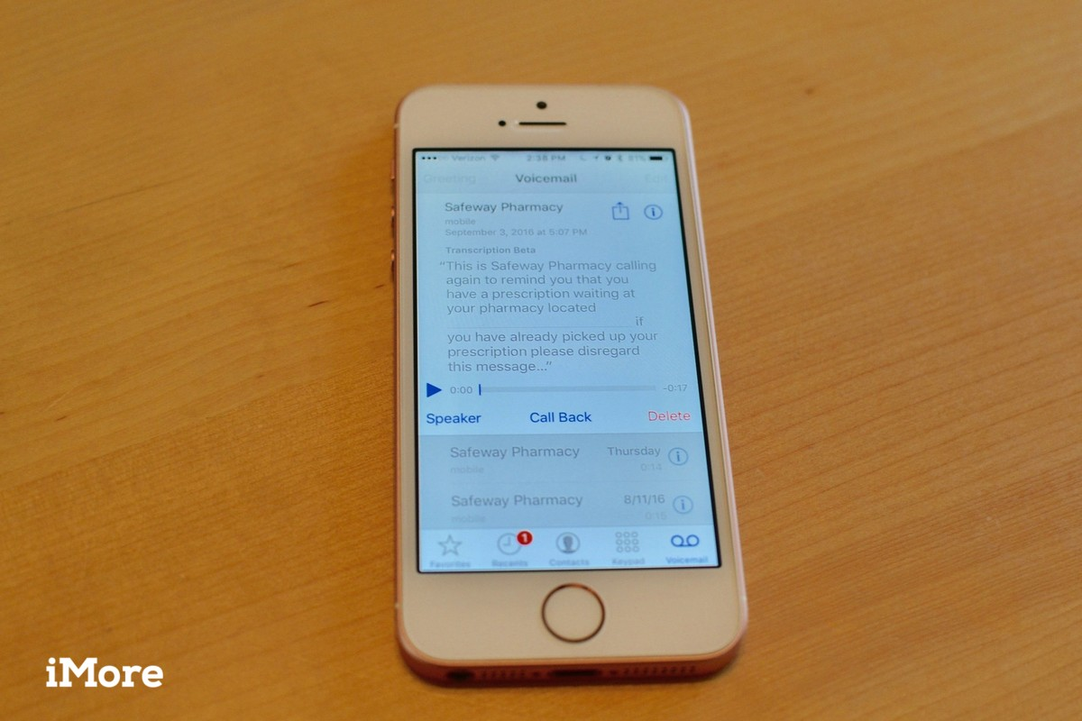 Voicemail transcripts on iPhone