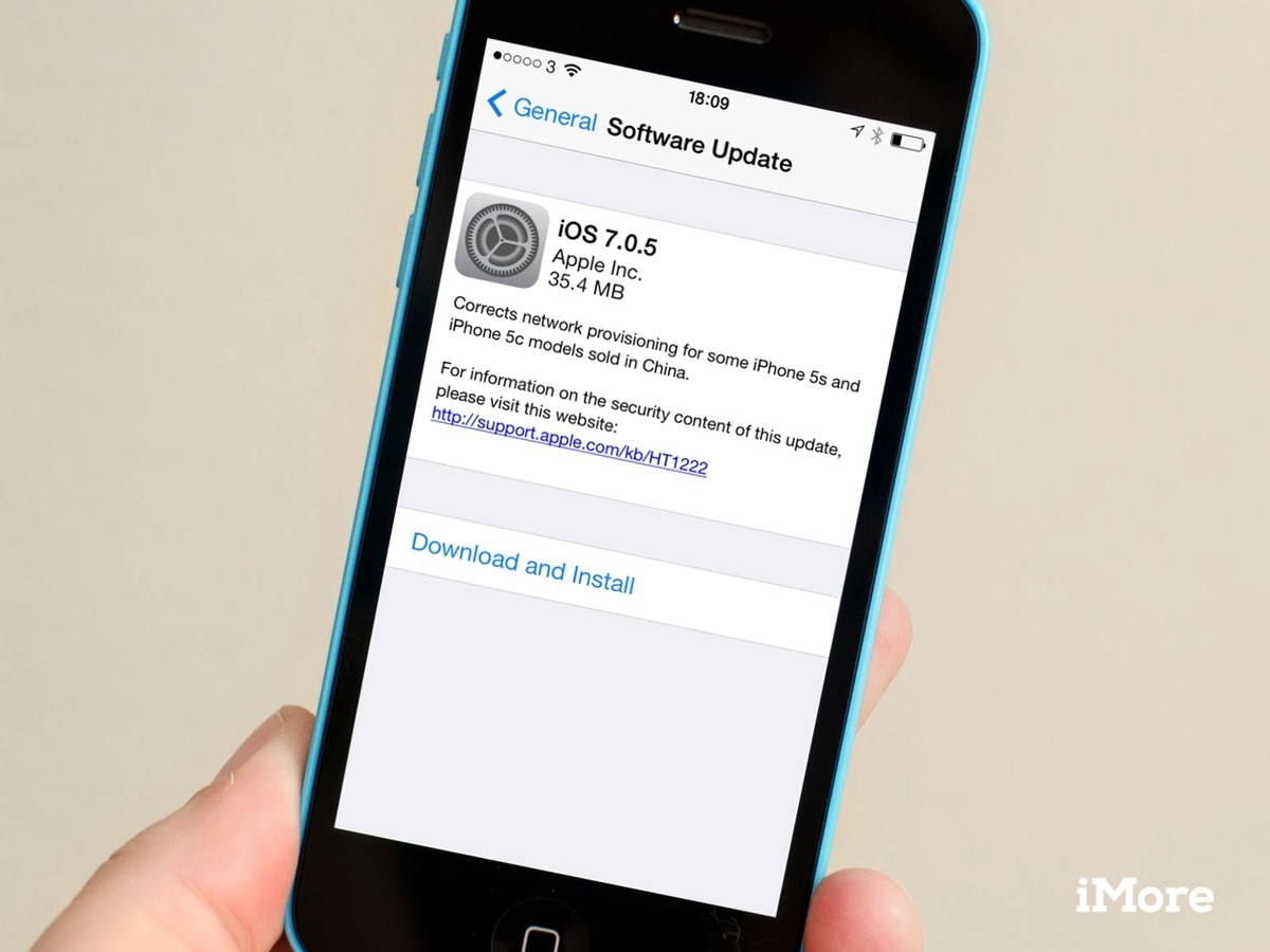 iOS 7.0.5 is here! Download your (Chinese?) bug-fixes now!