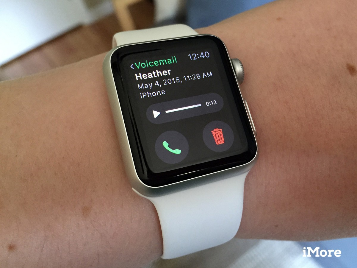 How to listen to voicemails on Apple Watch