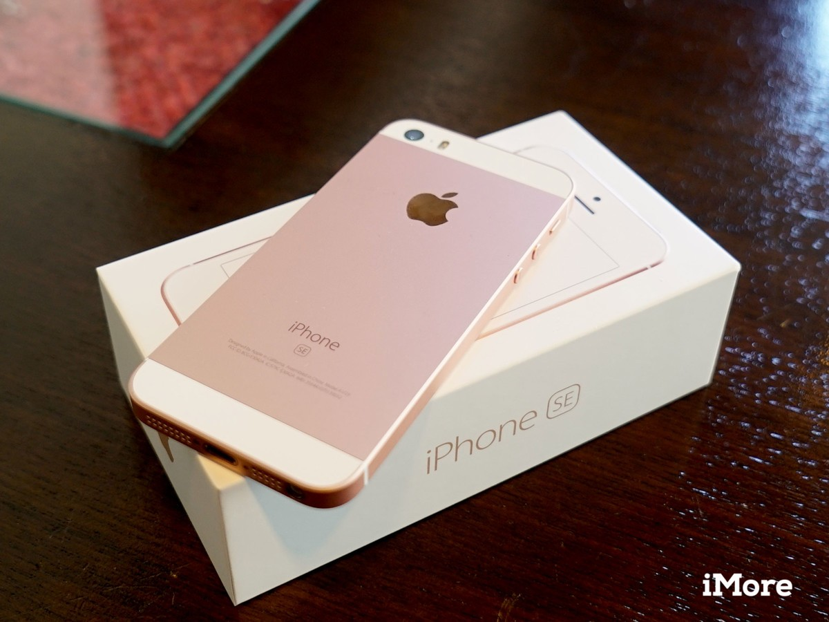 iphone se review bigger on the inside imore. Black Bedroom Furniture Sets. Home Design Ideas