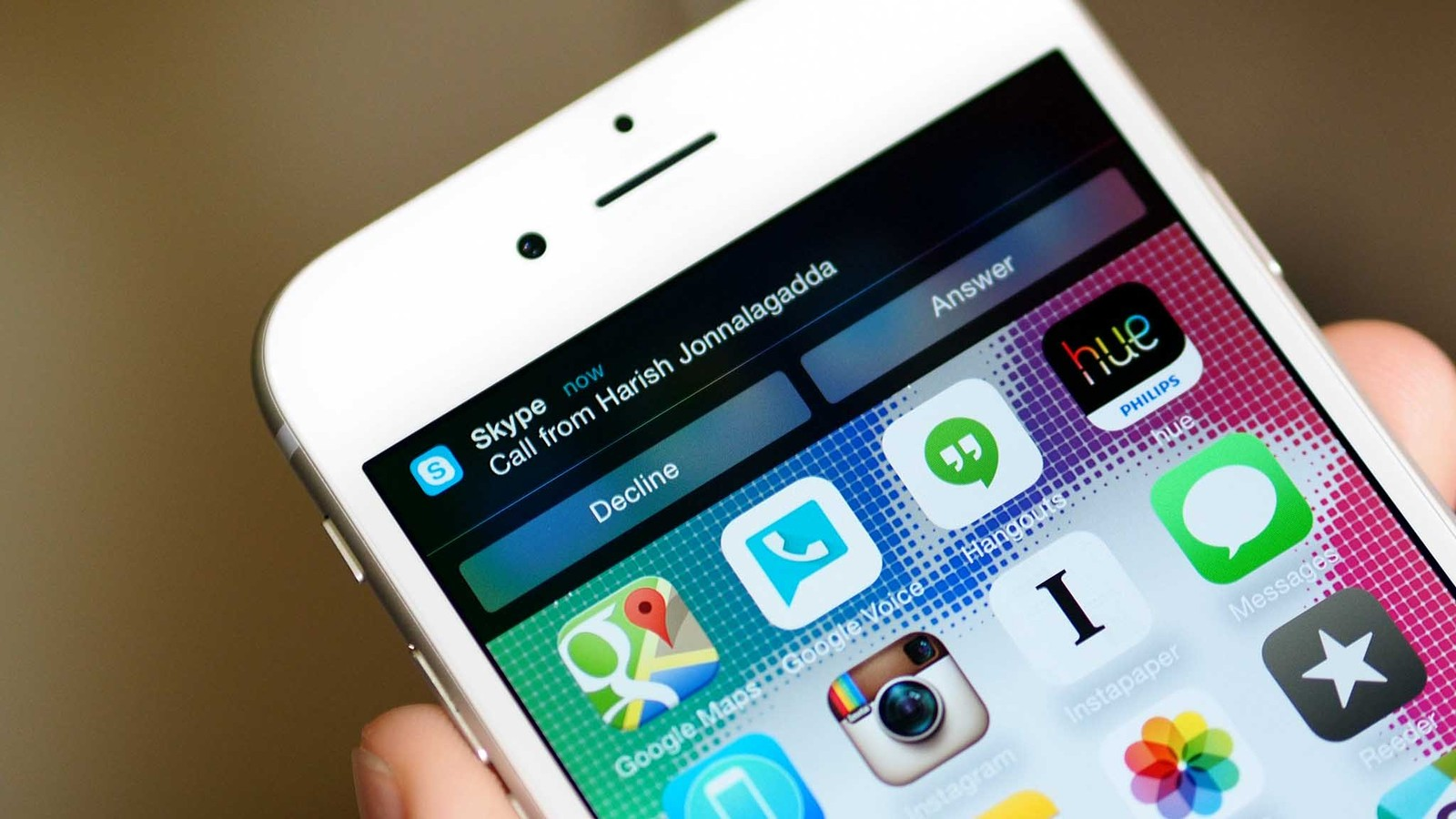 Skype for iPhone lets you choose how to answer right from the notification