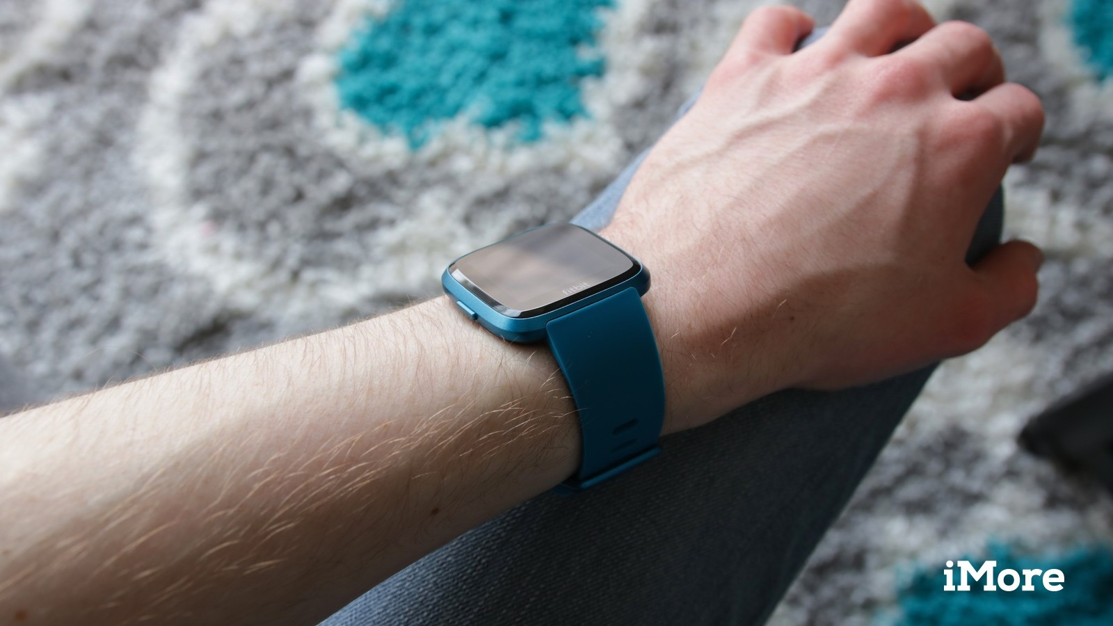 Does the Fitbit Versa Lite track sleep? | iMore