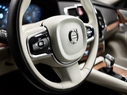 Volvo announces the new XC90, no mention of CarPlay just yet
