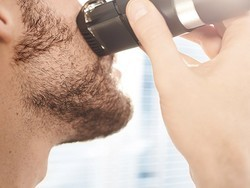 Keep your beard looking nice with the Philips Norelco trimmer down to $30