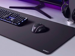 Add Aukey's XXL gaming mouse pad to your desk at a 40% discount