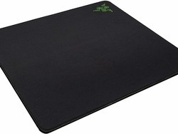 Razer's huge Gigantus Gaming Mouse Pad is down to just $16 at Amazon
