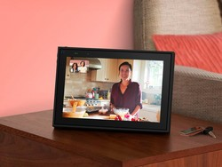 The Facebook Portal Mother's Day sale lets you see mom face to face again