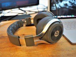 Save 50% on LucidSound's LS31LE Wireless Gaming Headset refurbished today