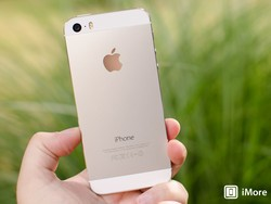 Silver iPhone 5s photo gallery