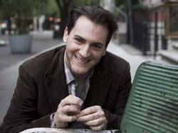 Stuhlbarg reportedly cast in supporting role in Jobs biopic