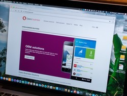 Opera's browser now includes a built-in VPN service
