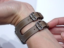 Oh you fancy, huh? How to get Apple Watch Hermès Double Cuff look for less