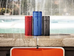 Which UE Boom speaker has the longest battery life?