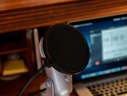 Stop those p's with these pop filters for your Blue Yeti