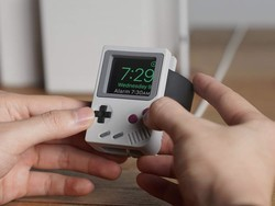 Disguise your Apple Watch as a Game Boy with the $13 Elago W5 stand