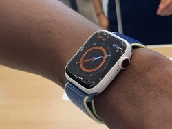 Certain Apple Watch Series 5 models include extra Sport Band