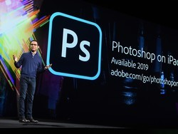 """Adobe is """"all-in"""" on Photoshop for iPad with Illustrator coming too"""