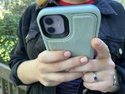 LifeProof FLiP Series iPhone Case review: Stashable and crashable