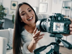 Capture stunning videos and photos with our best vlogging cameras