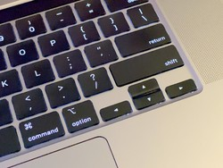 Scissor switches have returned to the latest version of the MacBook Air