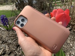 We review Casely's Battery-Powered Charging Case for iPhone