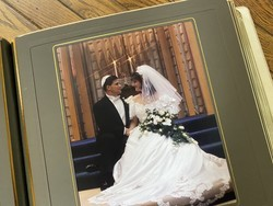 The best wedding photo albums are the ultimate wedding keepsakes