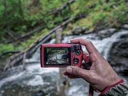Deep dive with one of these waterproof cameras