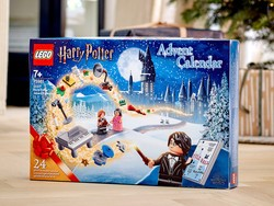 The LEGO Harry Potter Advent Calendar is still available at Walmart